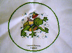 Cross stitch square for Frog E01's quilt